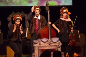 CSO oboe Lora Schaefer (Baby Bear), bass Alexander Hanna (Papa Bear), and viola Diane Mues (Mama Bear)