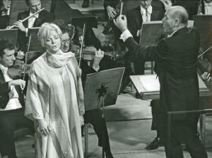 Lucia Popp in Strauss's Four Last Songs at Orchestra Hall in October 1977. Sir Georg Solti conducts the Chicago Symphony Orchestra.