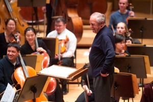 Pierre Boulez leading a rehearsal with the Civic Orchestra of Chicago on December 8, 2003 (Todd Rosenberg photo)