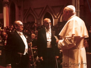 Concertmaster Victor Aitay, Sir Georg Solti, and Pope John Paul II in Holy Name Cathedral on October 5, 1979