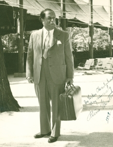 Monteux at the Ravinia Festival in August 1949 (image from the Victor Charbulak collection; Charbulak was a member of the Orchestra's violin section from 1922 utnil 1967)