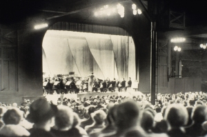 Ernest Ansermet and the Orchestra onstage at the Ravinia Festival on July 3, 1936 (Ravinia Festival photo)
