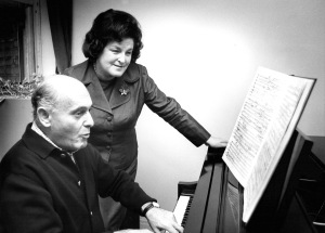 Sir Georg Solti and Birgit Nilsson studying the score for Strauss's Salome (Terry's photo)