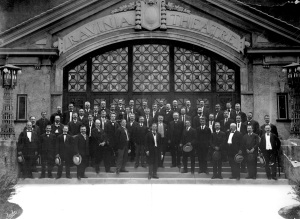 Frederick Stock and the Orchestra on the steps in front of the Ravinia Theatre in November 1905
